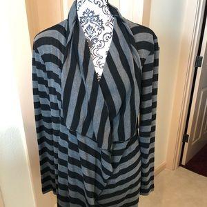 Stripped (Gray & Black) long-sleeve cardigan
